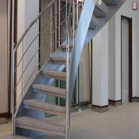 saç-yanaklı-merdiven-7
